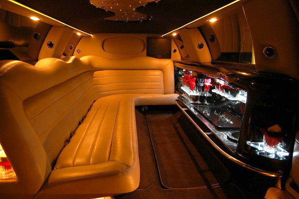 lincoln limo service Long Beach